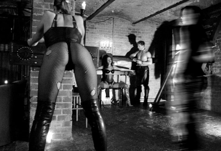 darkside club berlin brust stimulieren