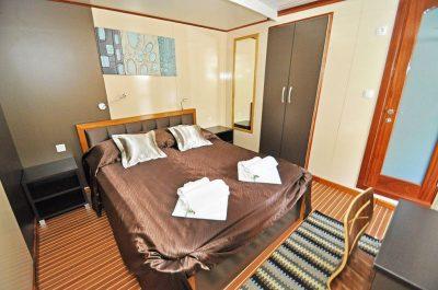 Swinger Cruise Croatia 01