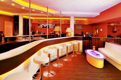 Club Samya 01