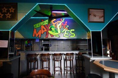 MaxFollies 01